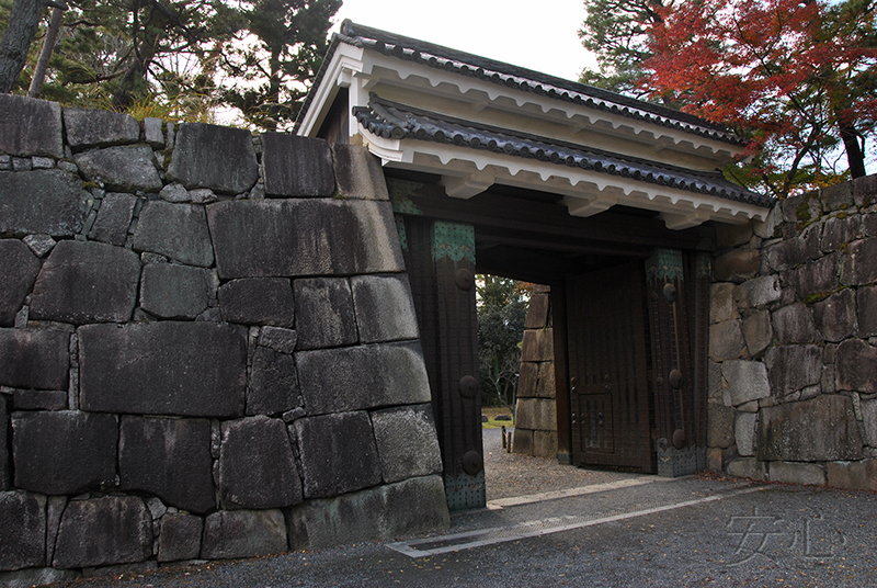 The gate, Japan (Obaiin Temple)
